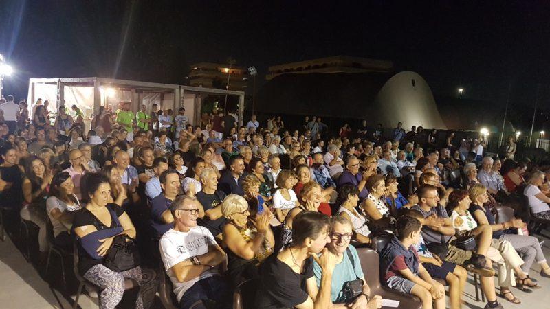 SOLIDARIETA': Risate in Ballo Show successo della prima edizione, e TS IdeE con i suoi volontari rilancia Parco Tor Sapienza!