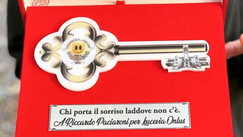 CARNEVALE E NON SOLO: è Riccardo Paciaroni il primo cittadino onorario di #Sorrisopoli