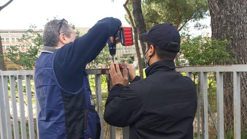 INCONTRI AL PARCO: con Claudio maestro del ferro, il cancello si riapre e anche l'accesso diretto all'area cani, senza più bisogno di passare nel parco.